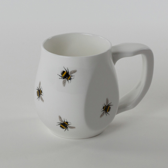 Yellow Bees mug made from fine bone china and mad in Britain.