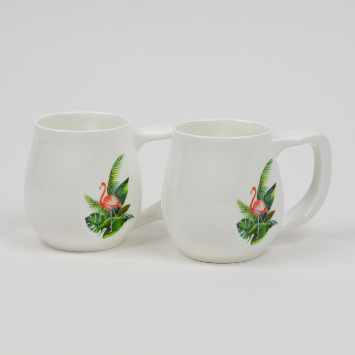 A pair of Flamingo mugs made from fine bone china and mad in Britain.